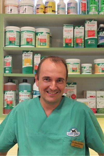 Dr. Berta Krisztián madáregészségügy